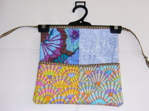 Side 2 of Peg Tidy/Peg Bag