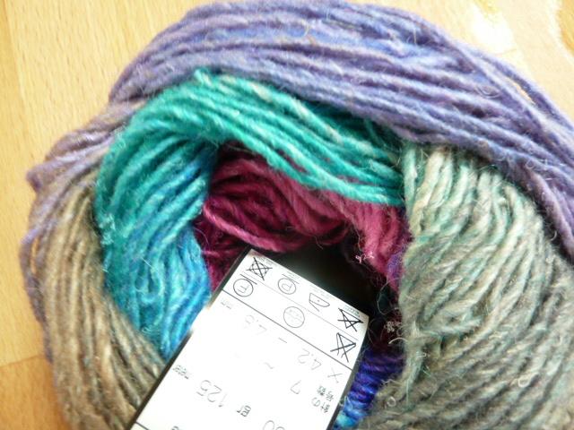 Knitting Pattern For Spiral Scarf : Spiral scarf Sewjournal